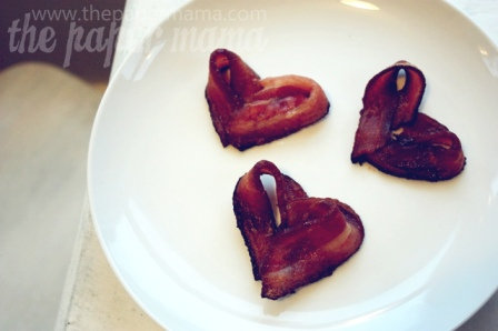 Heart-shaped-bacon