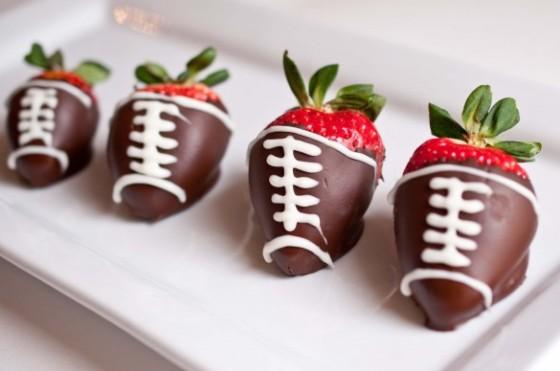chocolate-covered-football-strawberries