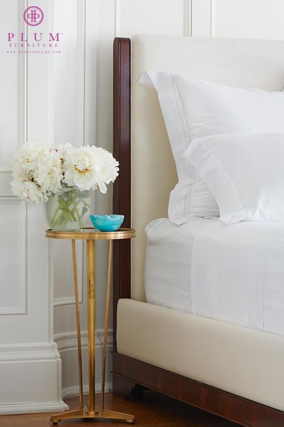 mahogony bed