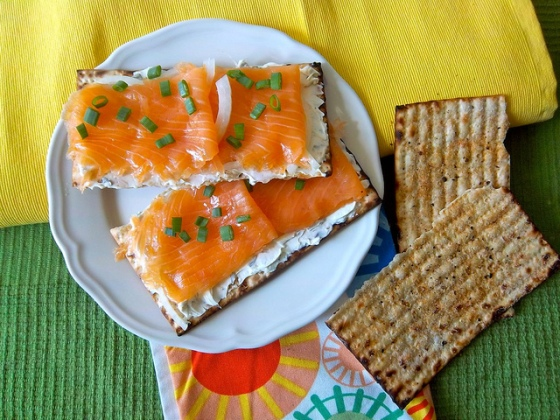 Matzo-with-lox
