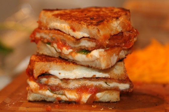 Chicken-Parm-Grilled-Cheese