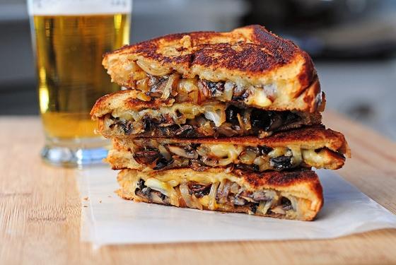 gouda-mushroom-onion-grilled-cheese